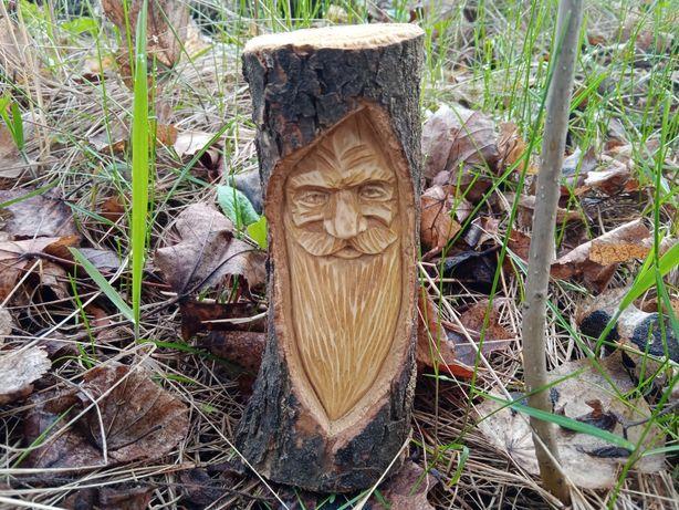 Фигурка из дерева. Ручная работа.