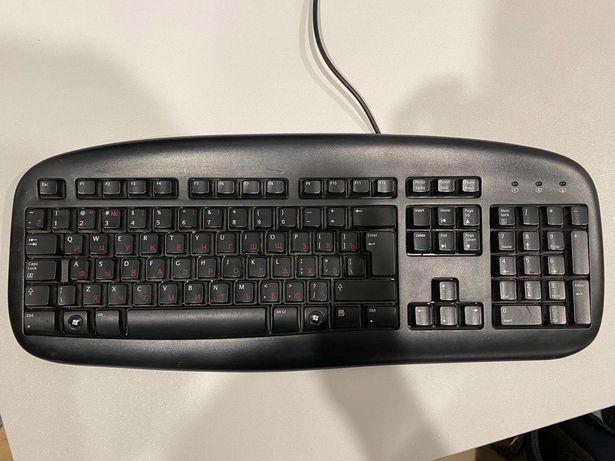 Продам клавиатуру Logitech deluxe black 867652-0112