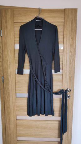 Szara sukienka kopertowa