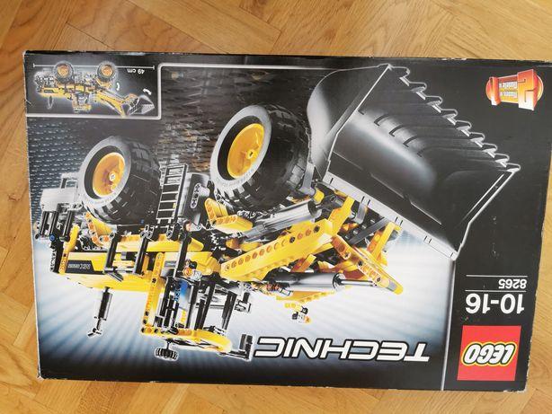 Klocki LEGO Technic Ładowarka (8265)