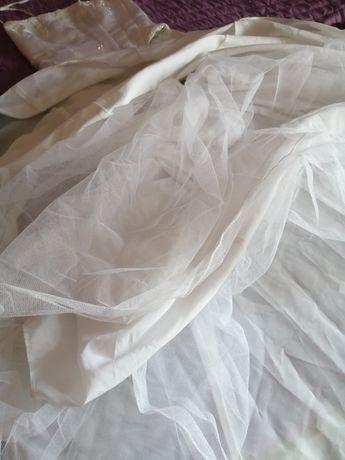 Vestido de noiva com corpete incorporado