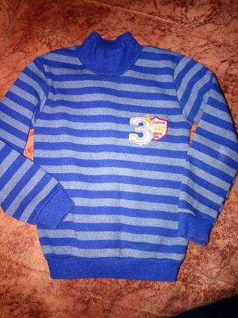 Теплый свитерок для мальчиков