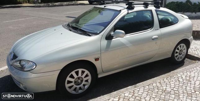 Renault Mégane Coupe 1.9 dCi Dynamique