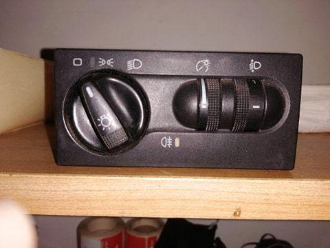 VW T4 LIFT Przełącznik swiatel. Stan Bdb