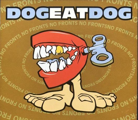 Bandeira Dog Eat Dog