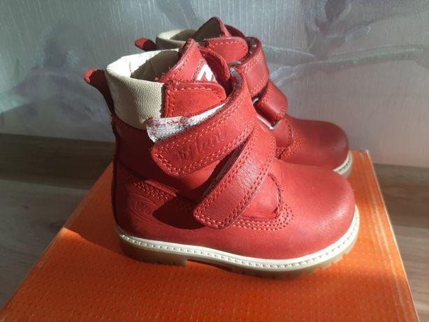 Зимнии кожаные ботинки 21 р