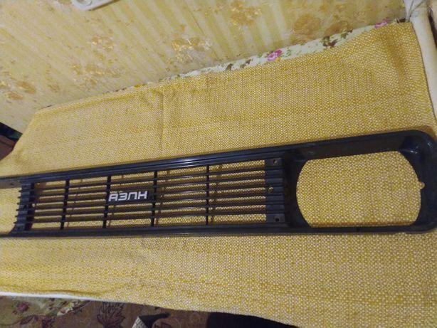 Решетка радиатора АЗЛК 2140