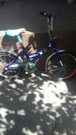Продаю дитячий велосипед в гарному стані