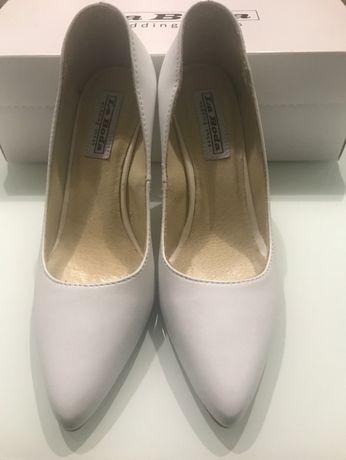 Buty ślubne NOWE r.37 skórzane białe czółenka szpilki szpileczki obcas