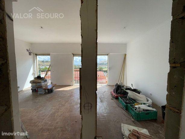 Apartamento T2 100% remodelado em Vialonga