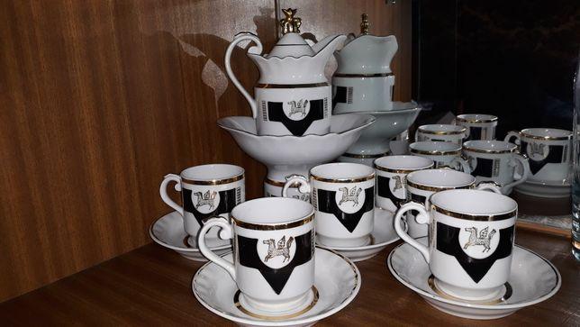 Продам кофейный сервиз на 6 персон