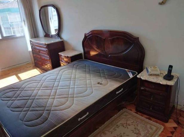 Mobília de quarto completa com pedra mármore