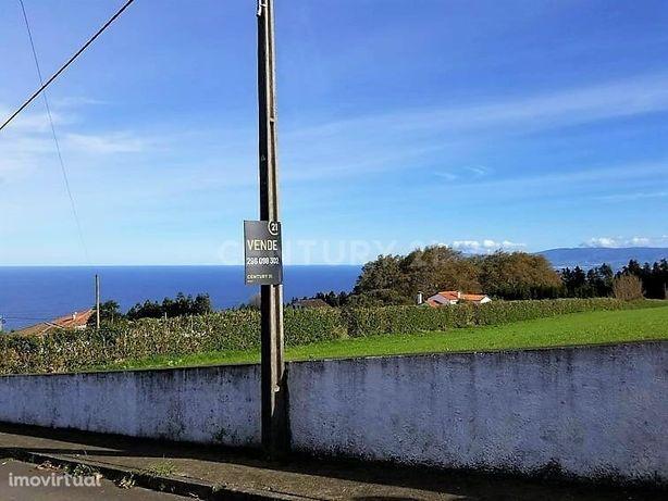 Terreno 5640 m2 no concelho de Ponta Degalda