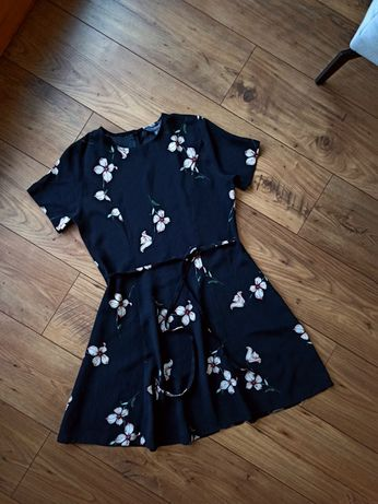 Sukienka czarna we wzory bez wad S