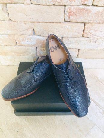 Buty  pantofle meskie r.43