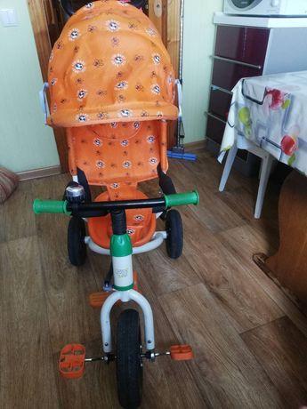 Детский велосипед с родительской ручкою