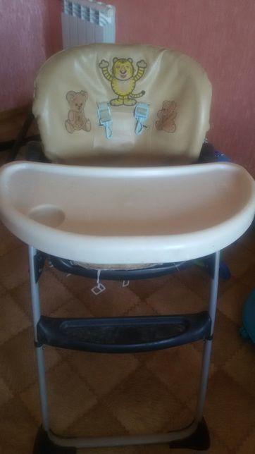 Продам стульчик для кормления Chikko