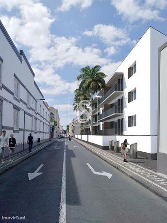Apartamento T2 em Ponta Delgada