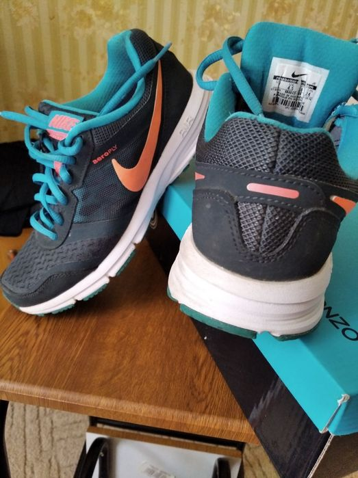 Кроссовки Nike 38р. Днепр - изображение 1
