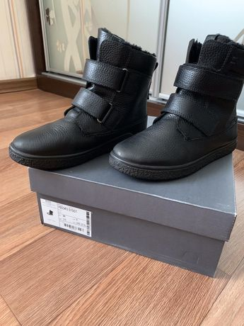 Продама зимние ботинки Ессо на мальчика 36р.