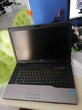 Шикарный ноутбук для работы. Fujitsu LIFEBOOK E752. i5 проц