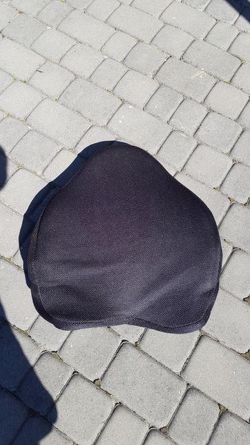 Poduszka lędzwiowa do samochodu