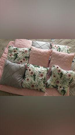 Бортики в дитяче ліжечко. Нові.Подушки в кроватку.Одіялко