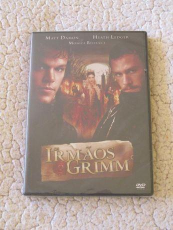 Irmãos Grimm. Ainda embalado.