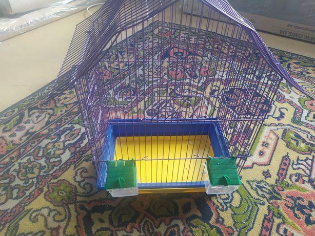 Продам клітку для папуг