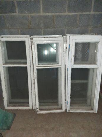 Окна деревянные со стеклом