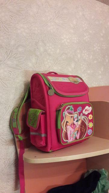 Рюкзак шкільний,
