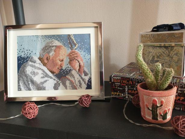 Obraz wyhaftowany-Jan Paweł-papież-prezent na urodziny/chrzest/komunię