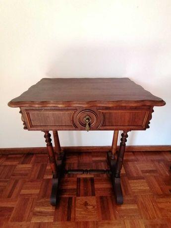 Mesa de Apoio / de Telefone - Vintage