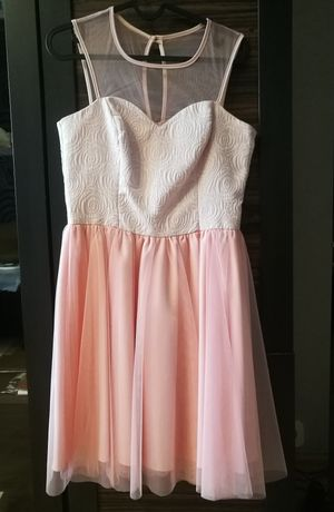 Sukienka pudrowy róż rozmiar 38