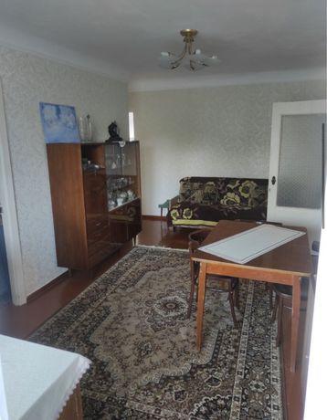 Продаж 3-кімнатної квартири, район Відін