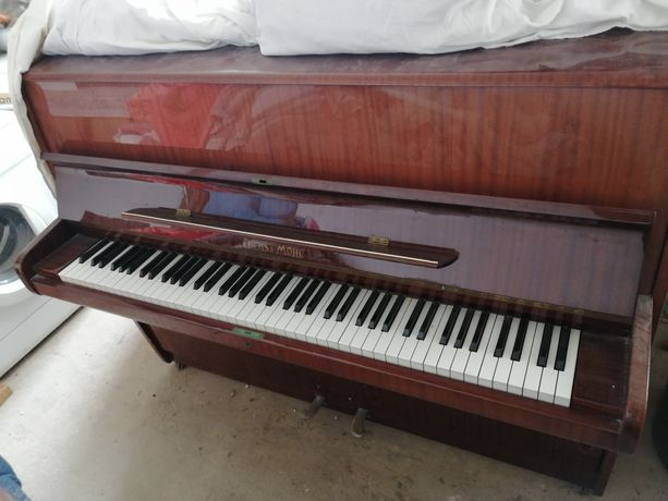 Пианино Fuchs & Mohr (германия)