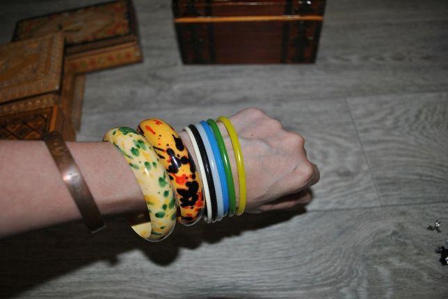Браслеты на руку яркие тонкие и толстые цветные модные