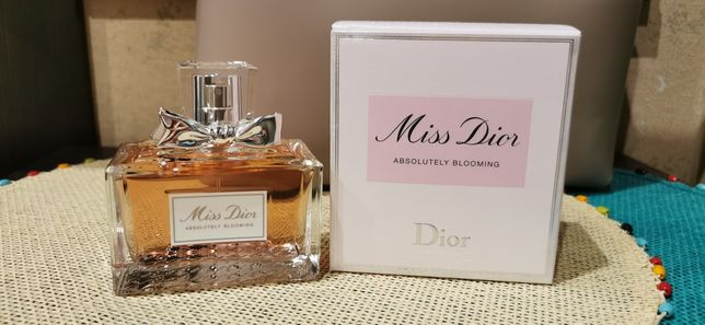 Туалетная вода Dior Miss Dior Absolutely Blooming, 100 мл
