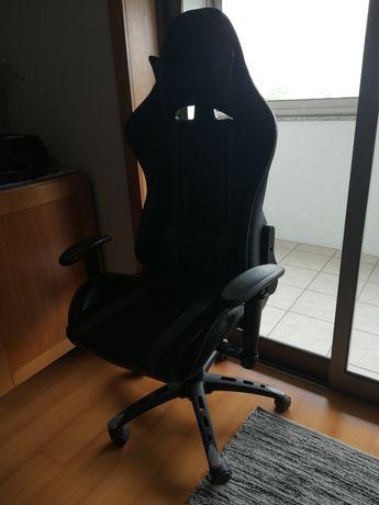 Cadeira gaming/escritorio ergonómica