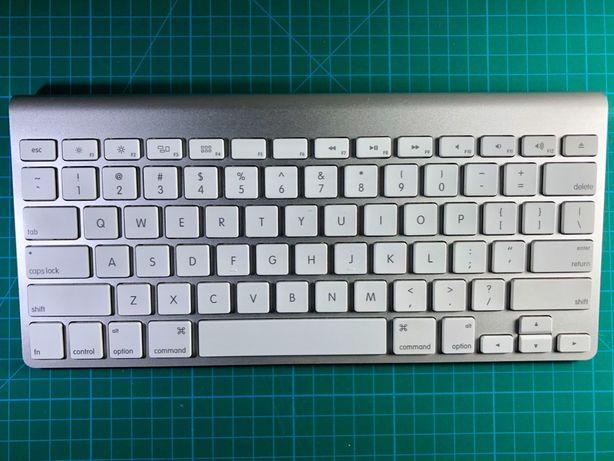 Apple Wireless Keyboard (A1314) MC184LL/B, Apple Magic Keyboard 1, Blu