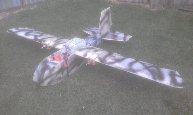 Самолет UAV грузовой Дрон, БПЛА, 80 км дальность,