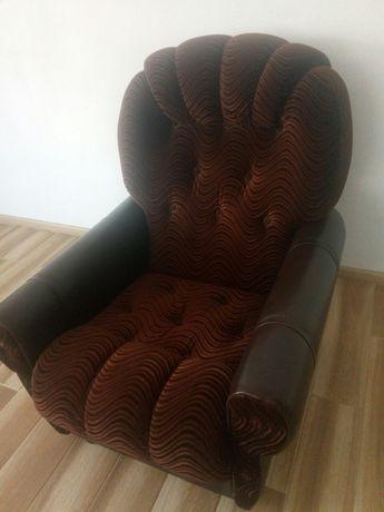 Крісло не розкладне