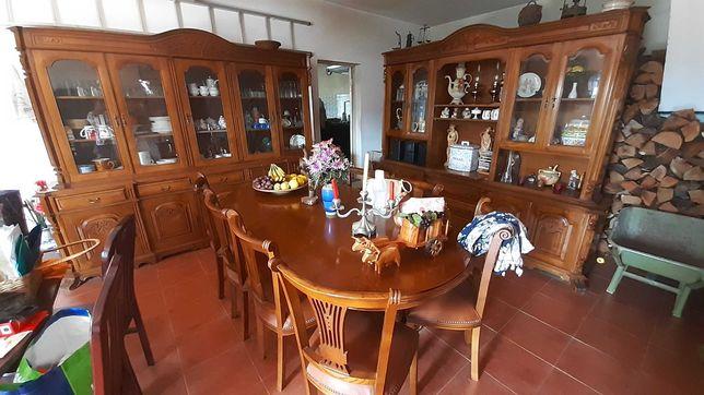 Móveis de sala em madeira maciça