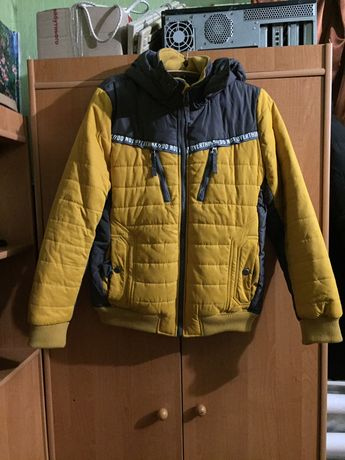 Продам хорошую мужскую зимнюю куртку