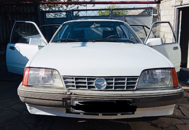 Продам Opel Rekord