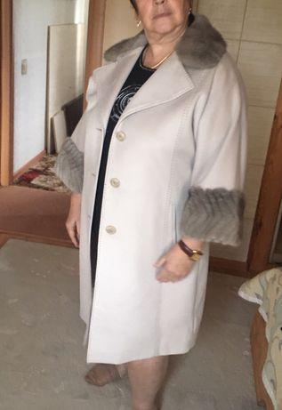 Пальто женское осень/зима, 54 р