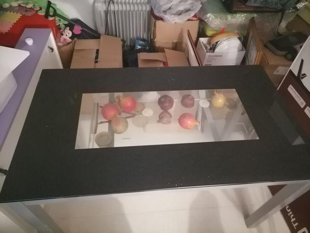 Mesa de sala ou cozinha