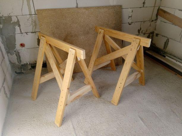 2 drewniane koziołki