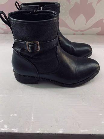 Детские ботинки на девочку 32 размер