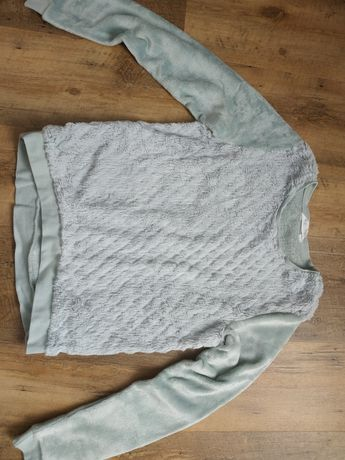 Futerkowa miętowa bluza